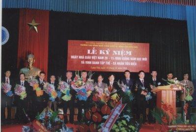 Lễ kỷ niệm ngày Nhà giáo Việt Nam 20 - 11, Khai giảng năm học mới và vinh danh tập thể, cá nhân tiêu biểu